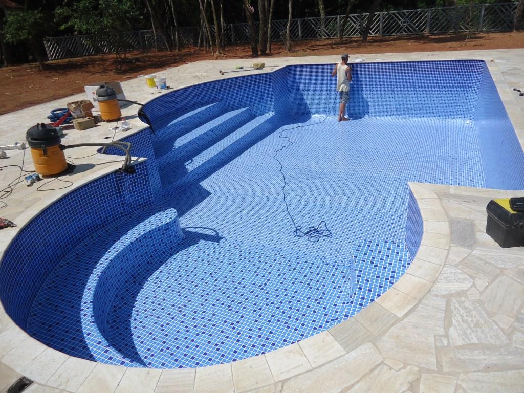 A piscina de vinil é frágil?