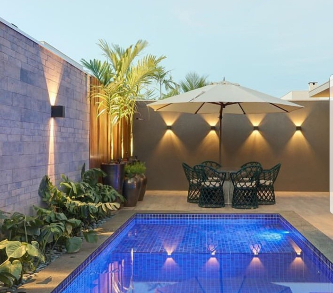 Quais as principais diferenças entre a piscina de concreto armado e a de vinil?
